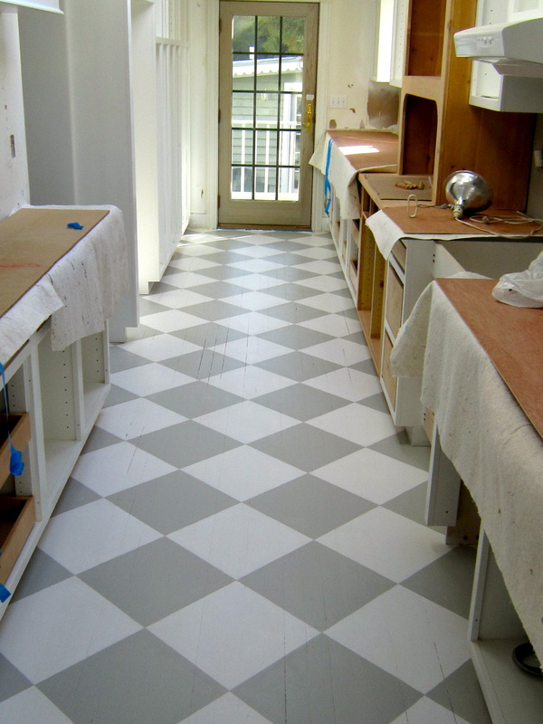 how to clean painted floors